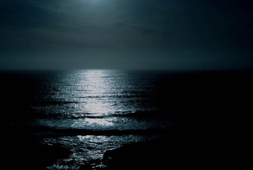 ocean-863142_640